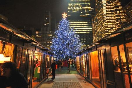 holiday-shops-at-bryant-park